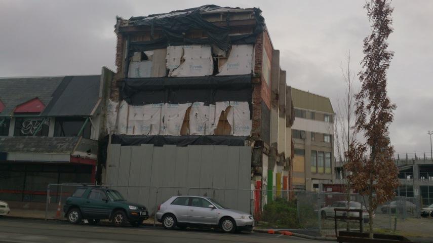 quake-city-3